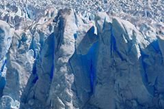 春のペリト・モレノ氷河