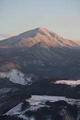 冬の黒檜山の夕景