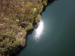 群馬の湖面の空撮