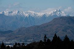 冠雪した秋の谷川岳