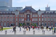 紅葉の東京駅