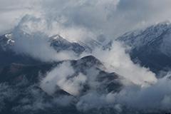 春の上州武尊山